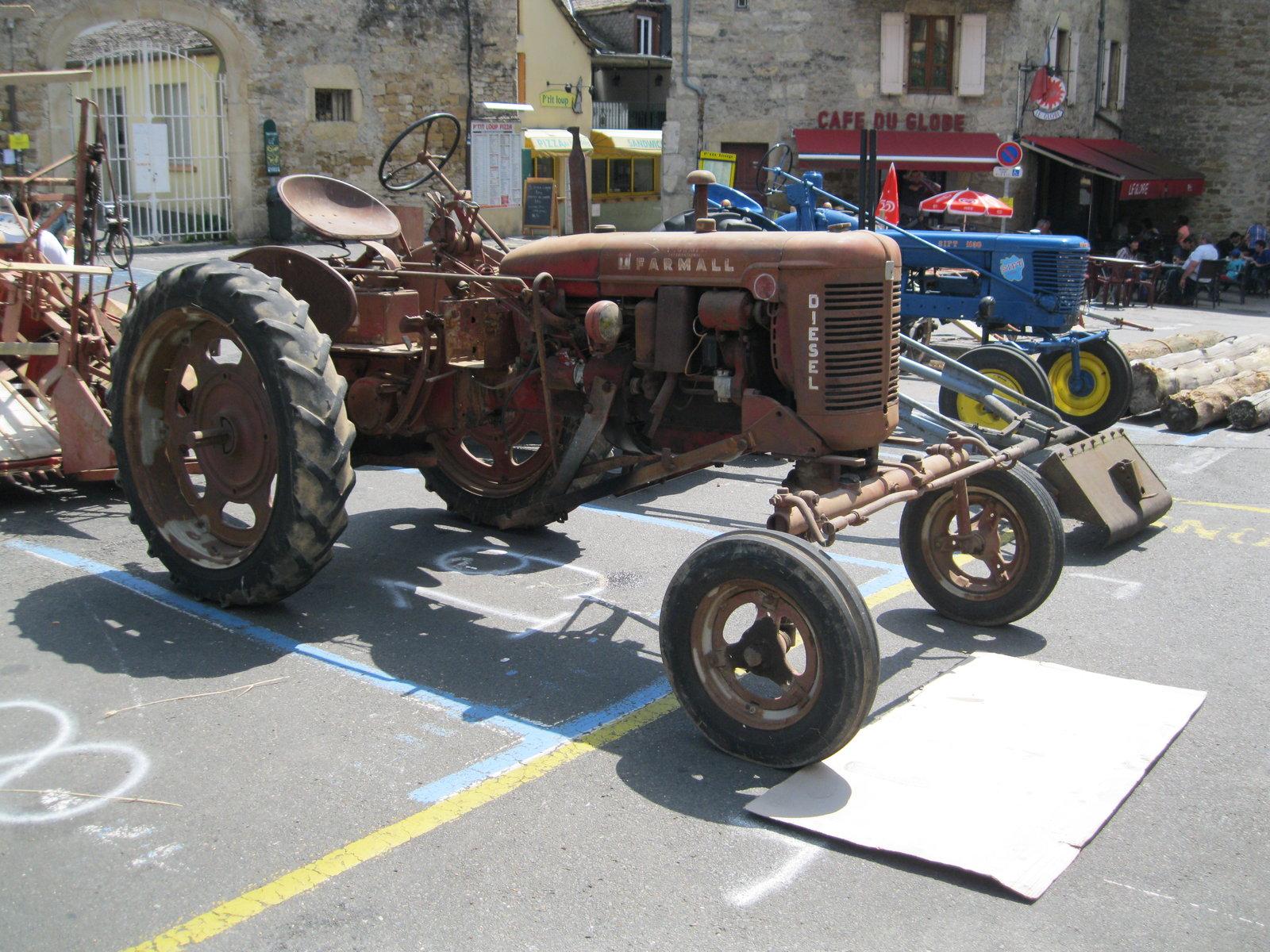 véhicules et matériel ancien  190818073727602007
