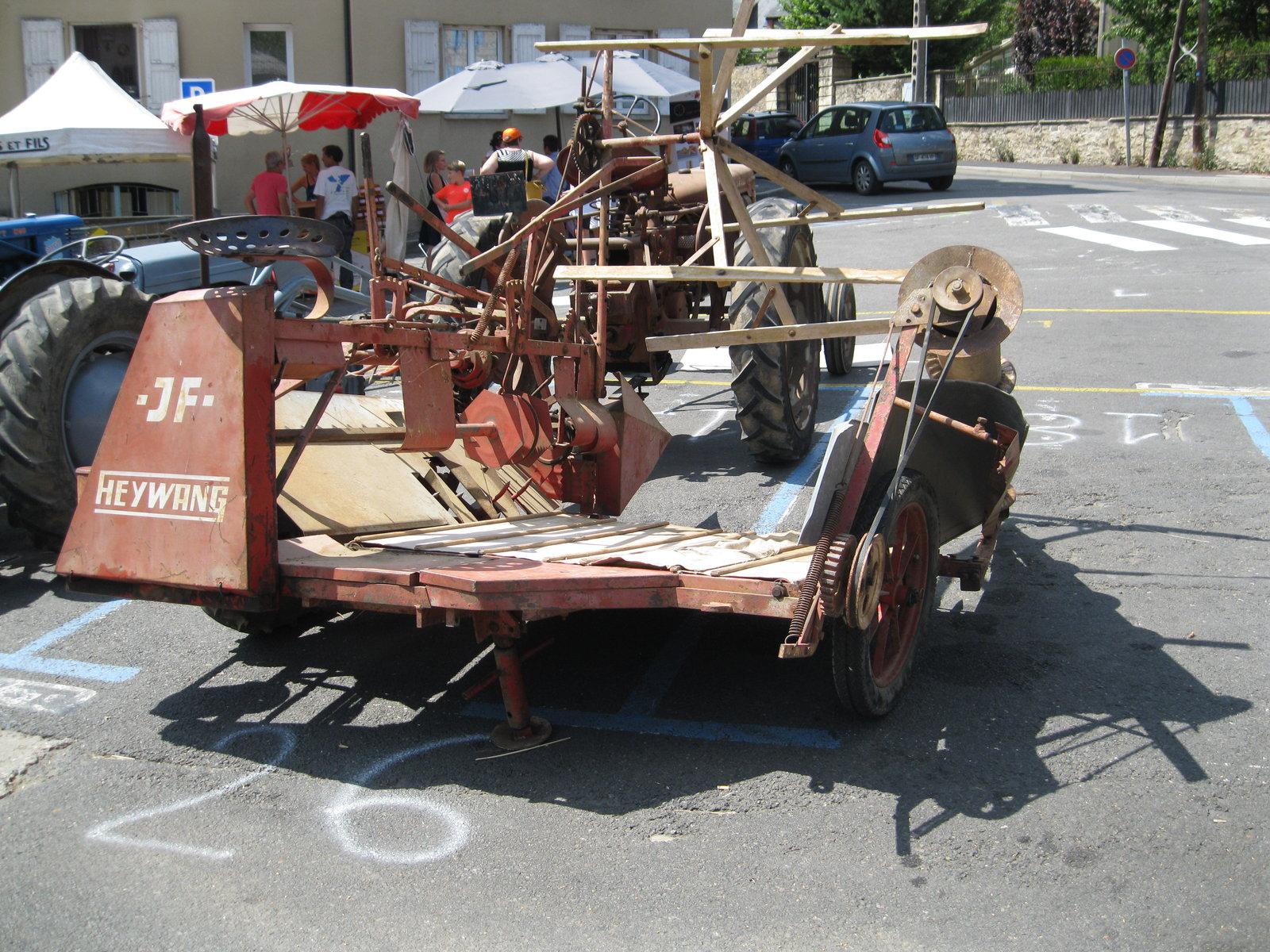 véhicules et matériel ancien  190818074813402830