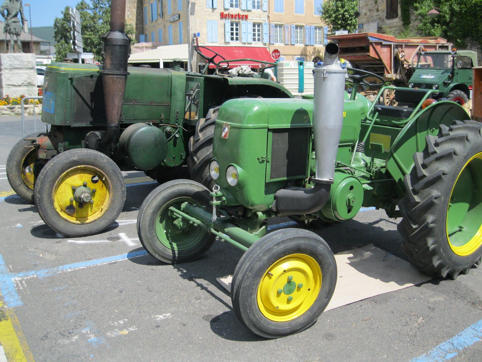 véhicules et matériel ancien  190818074917676823