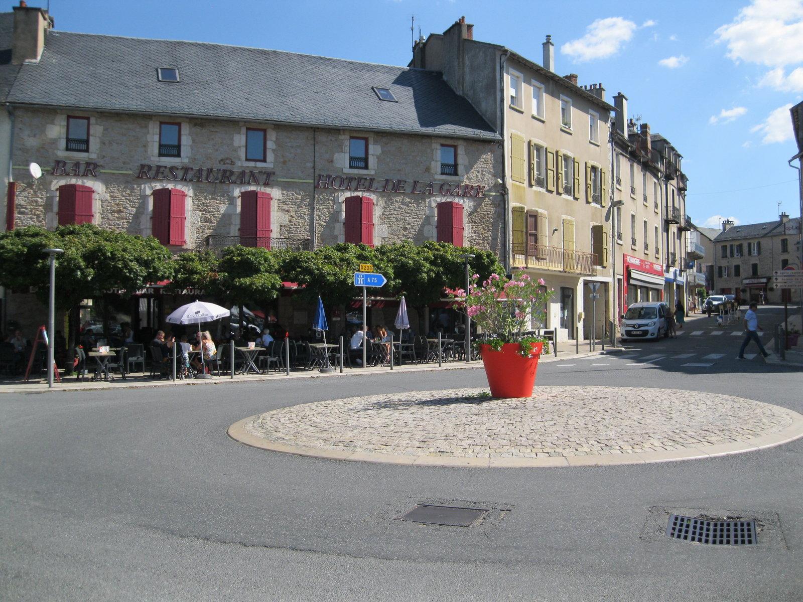 (12)[25/08/2019]expo  a Séverac le Chateau  ( Aveyron ) - Page 2 190826014857242578
