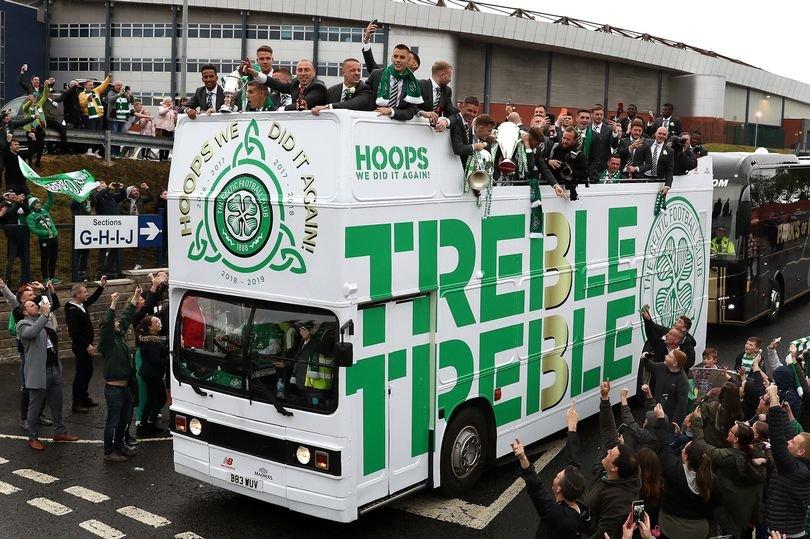 0_Celtic-Trophy-Parade