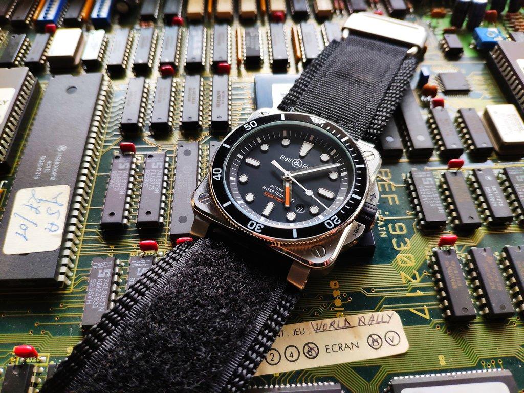 La montre du vendredi, le TGIF watch! - Page 35 190927052511851148