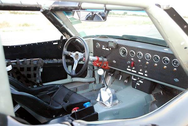 Corvette 69 Cockpit