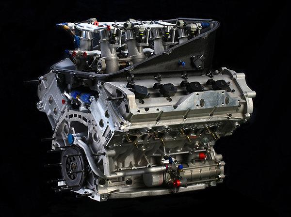 Moteur V8-Nissan-Nismo-VK45DE-4.5L-LMP2
