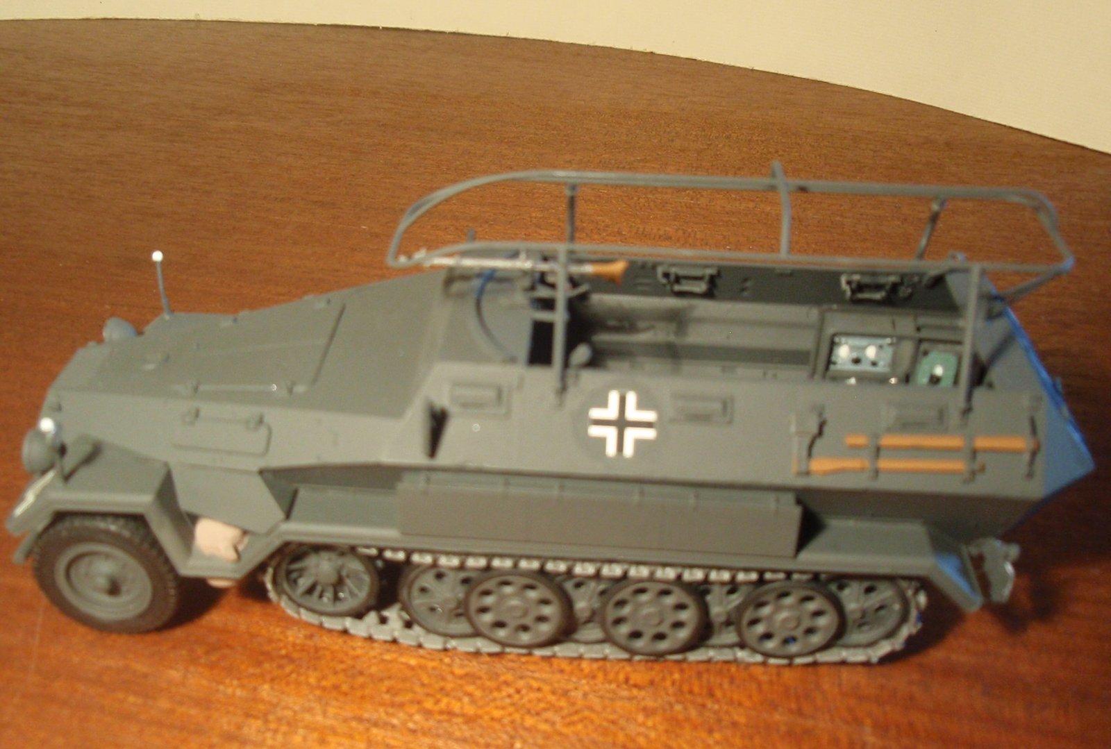 SDKFZ 251.3 Ausf A 4