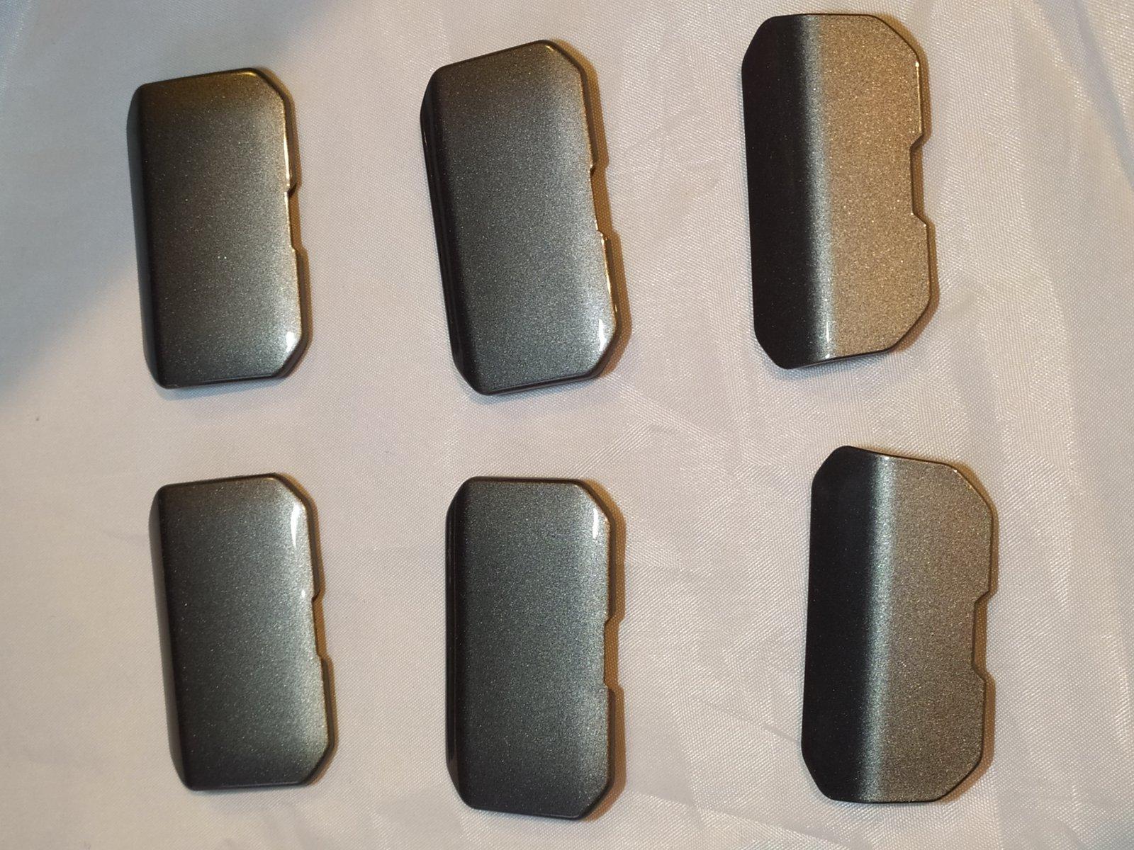 [cloturé] Vends lot de 6 caches gris pour support valise : 50€ FDPI 191019054936519271