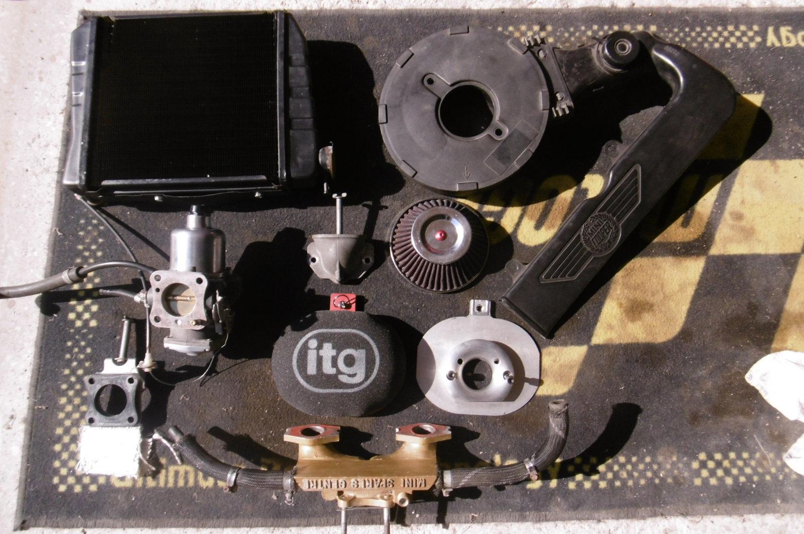 [VDS] Diverse pièces carburation, radiateur, échappement 191023062055217851