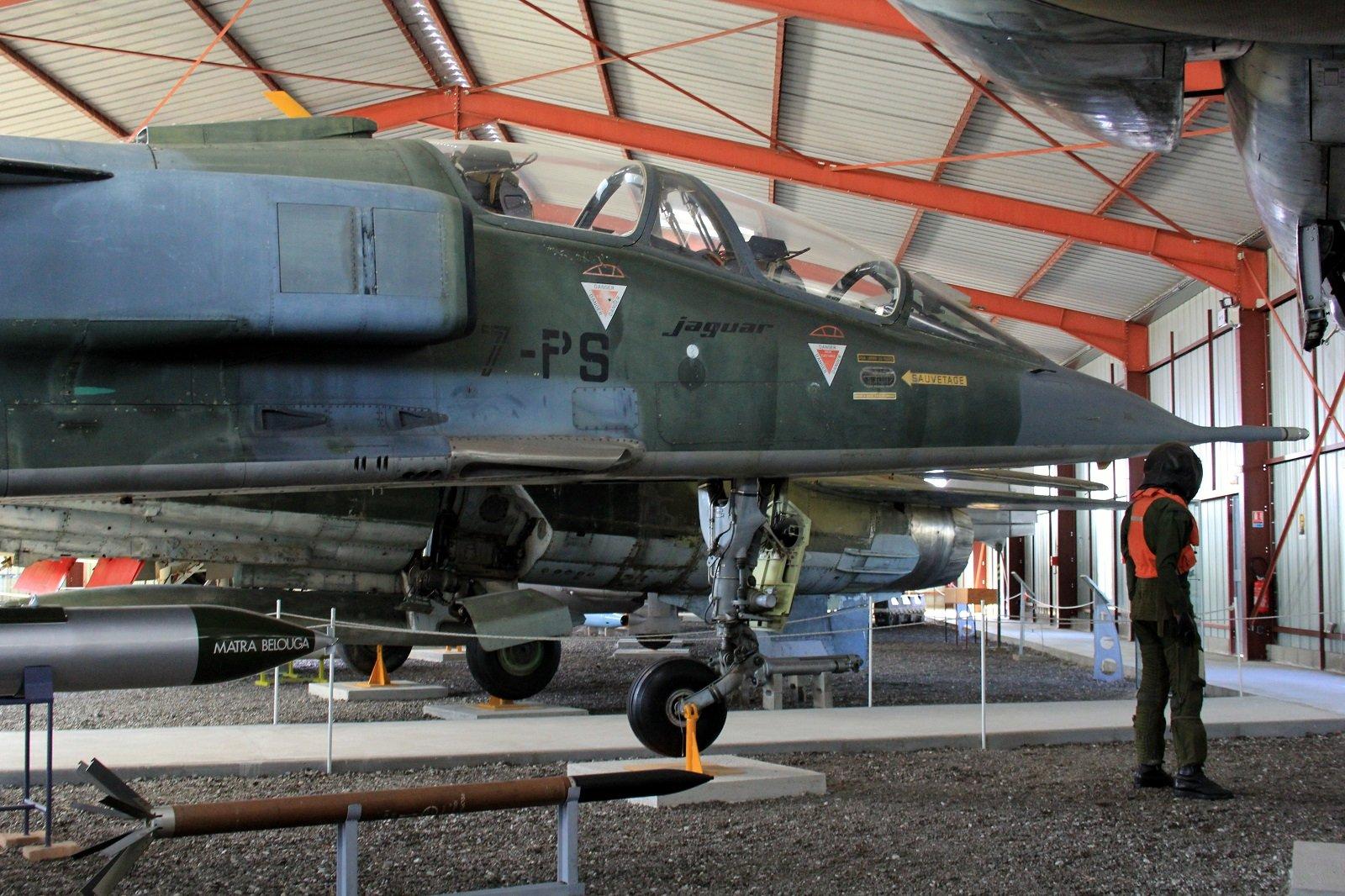 musée de l'aviation de chasse de Montelimar  - Page 2 191030070544826320