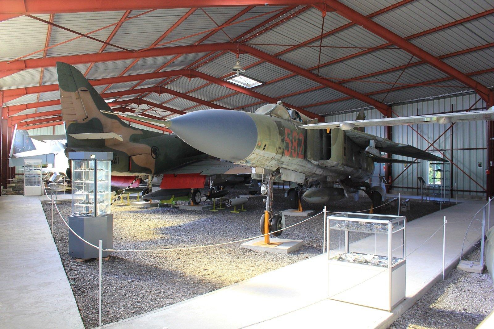 musée de l'aviation de chasse de Montelimar  - Page 2 191030070545941824