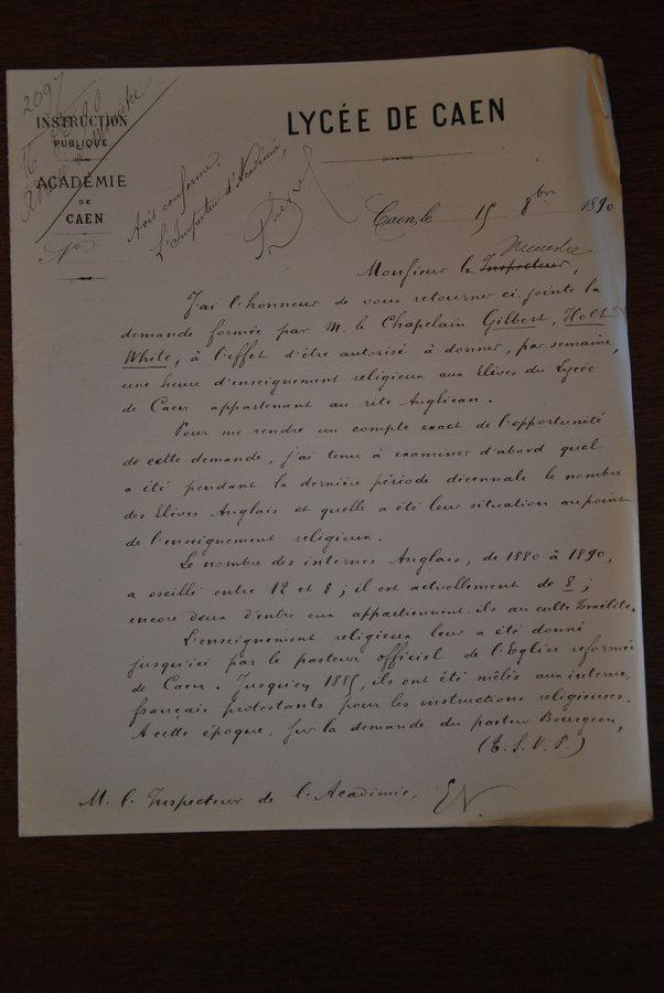 Atteste la présence de lycéens anglais à Caen en 1890