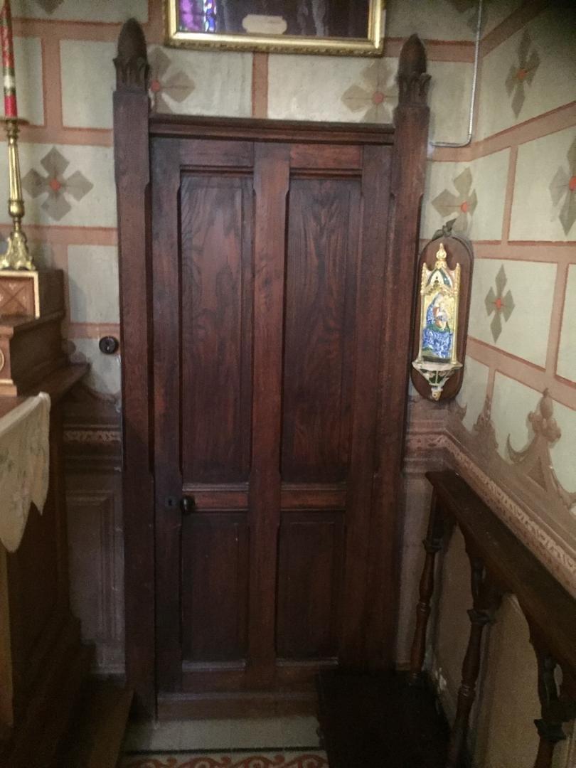 porte de la chapelle de la belle Poule