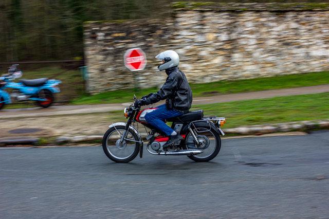 Motobécane 99Z et contre piston 191216110444631136