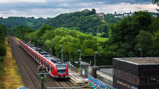 Allemagne : surtaxe sur les prix d'avion et baisse sur les prix du train 191225041507298259