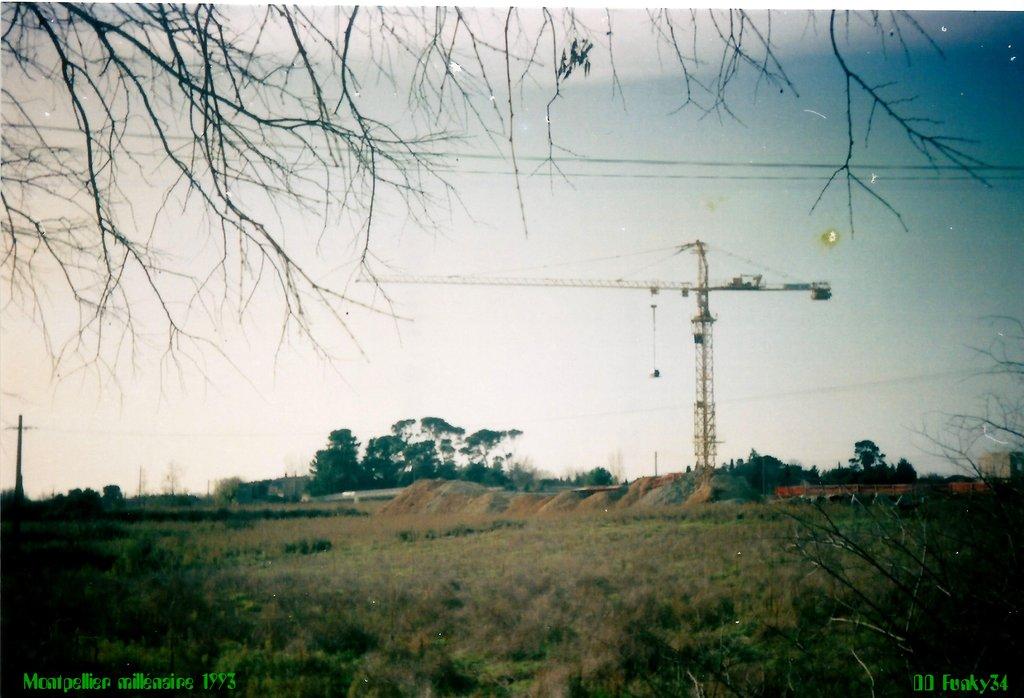 Montpellier Millénaire 1993 grue Potain Ferrer Sud