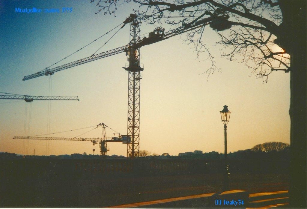 Potains Montpellier centre historique 1995_Copie