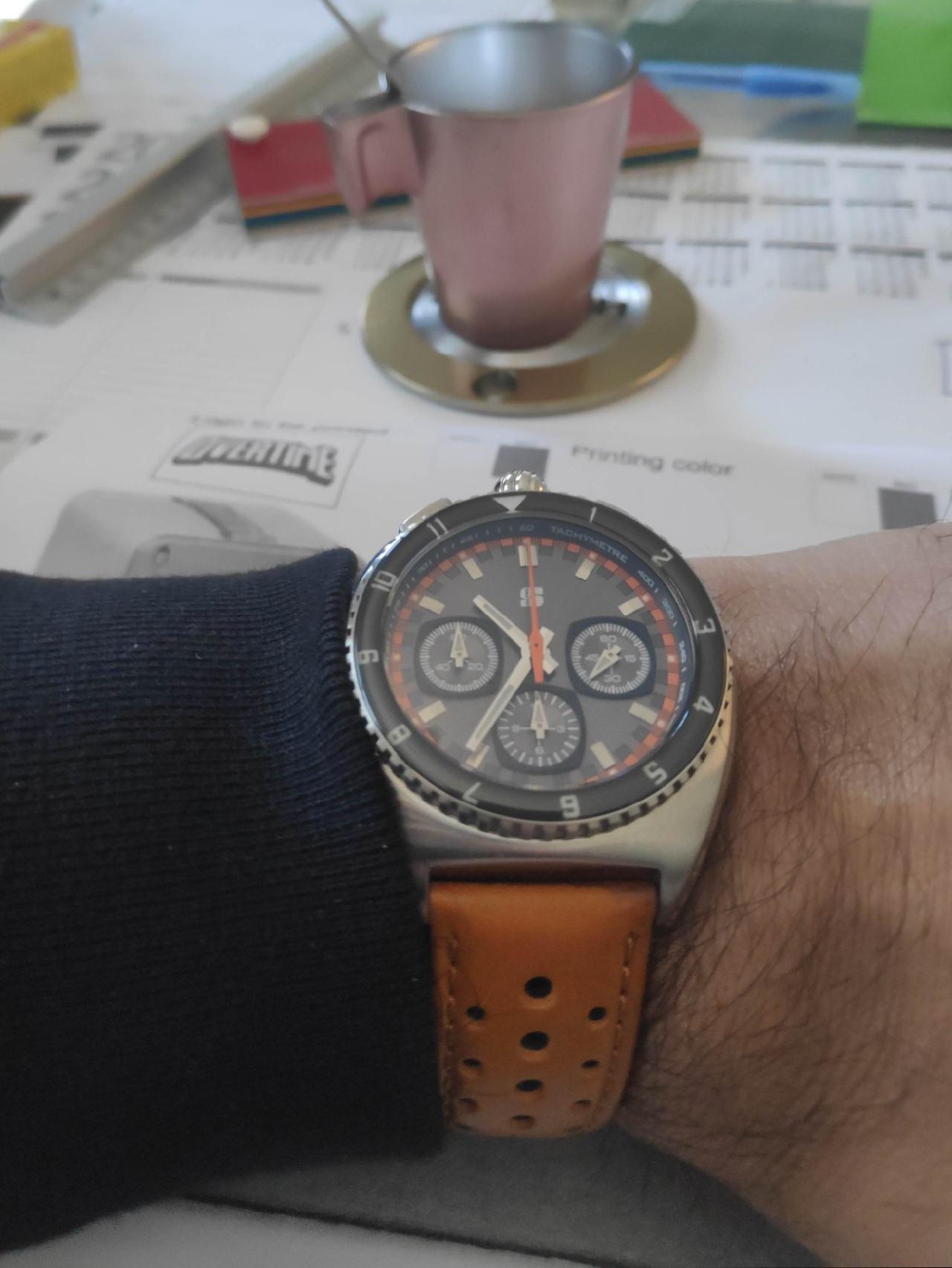 La montre du vendredi, le TGIF watch! - Page 35 200103101615109771