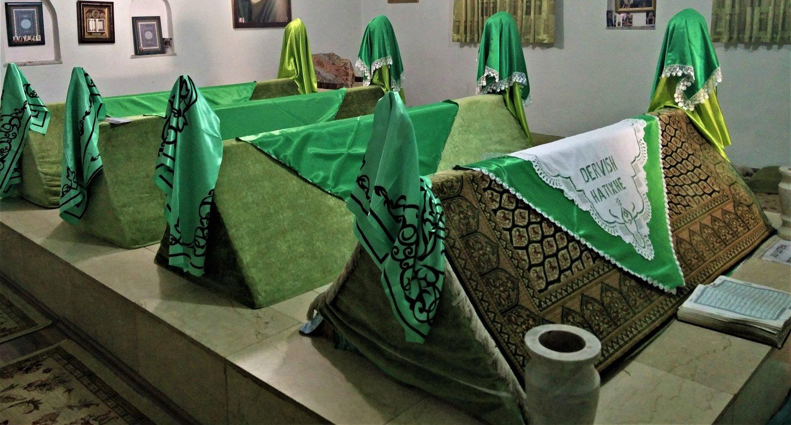 Morts de Saints et Tombeaux Miraculeux chez les Derviches des Balkans -2ème partie-  dans Croyances & Légendes 200105102903623254