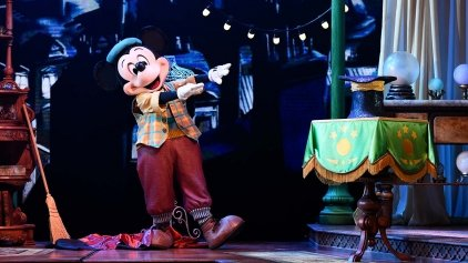 N024271_2023jun30_world_animagique-theater-mickey-and-the-magician_1280x720-small