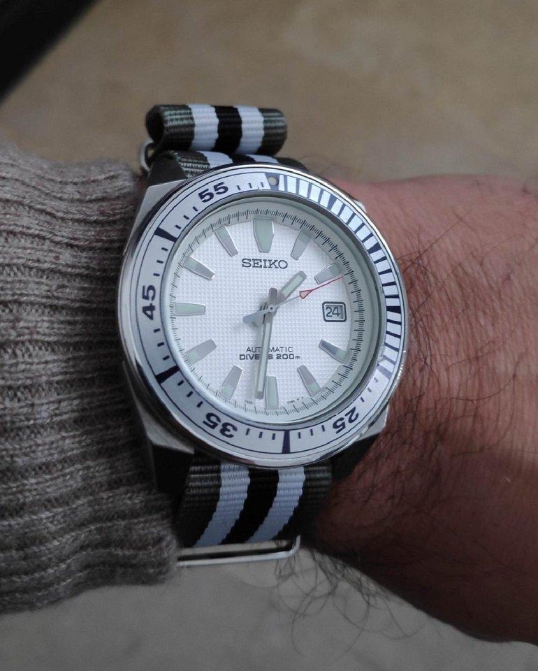 La montre du vendredi, le TGIF watch! - Page 35 200124021847736095