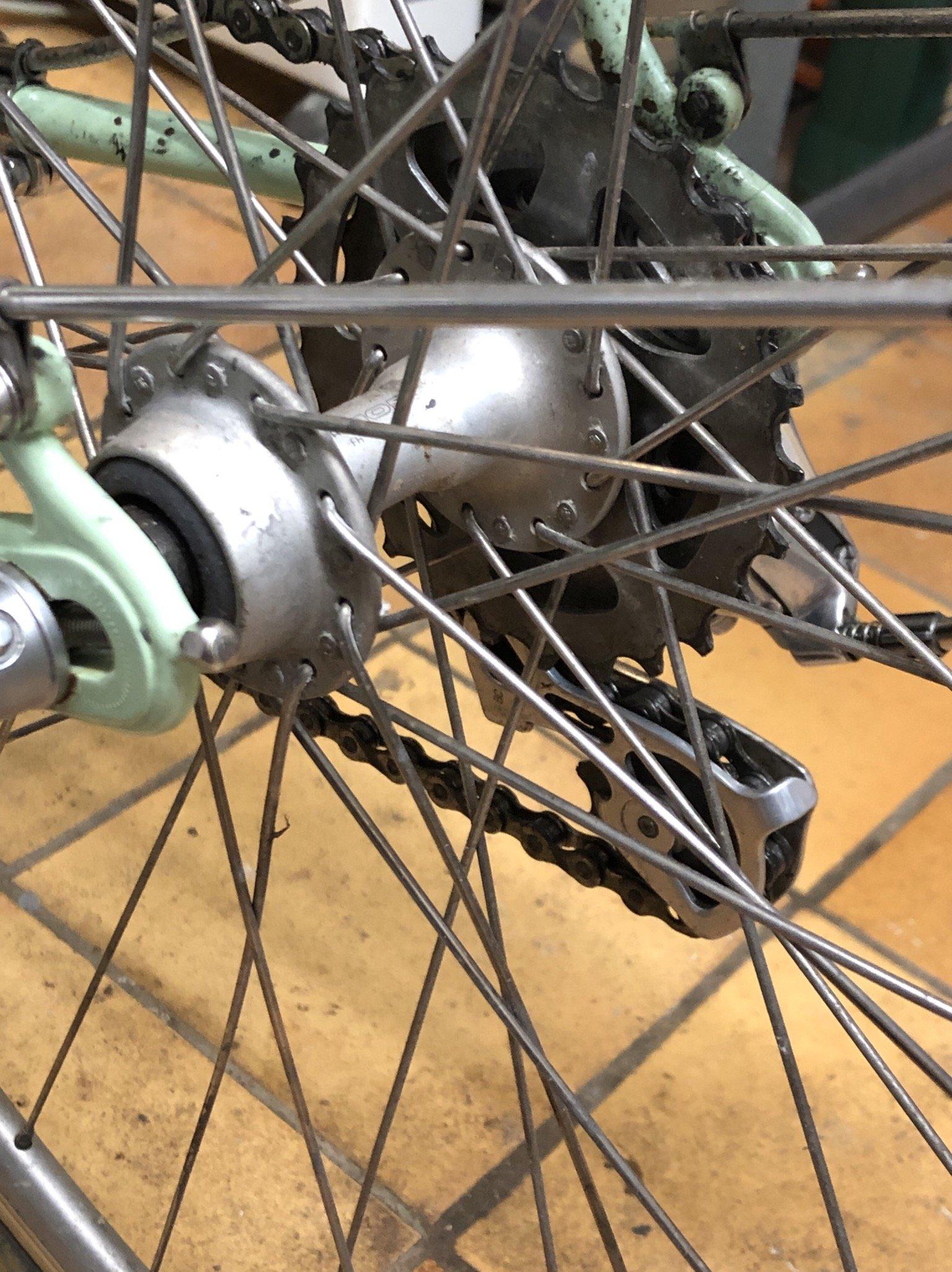 rayonner une roue demande de conseilles  200126112844645491