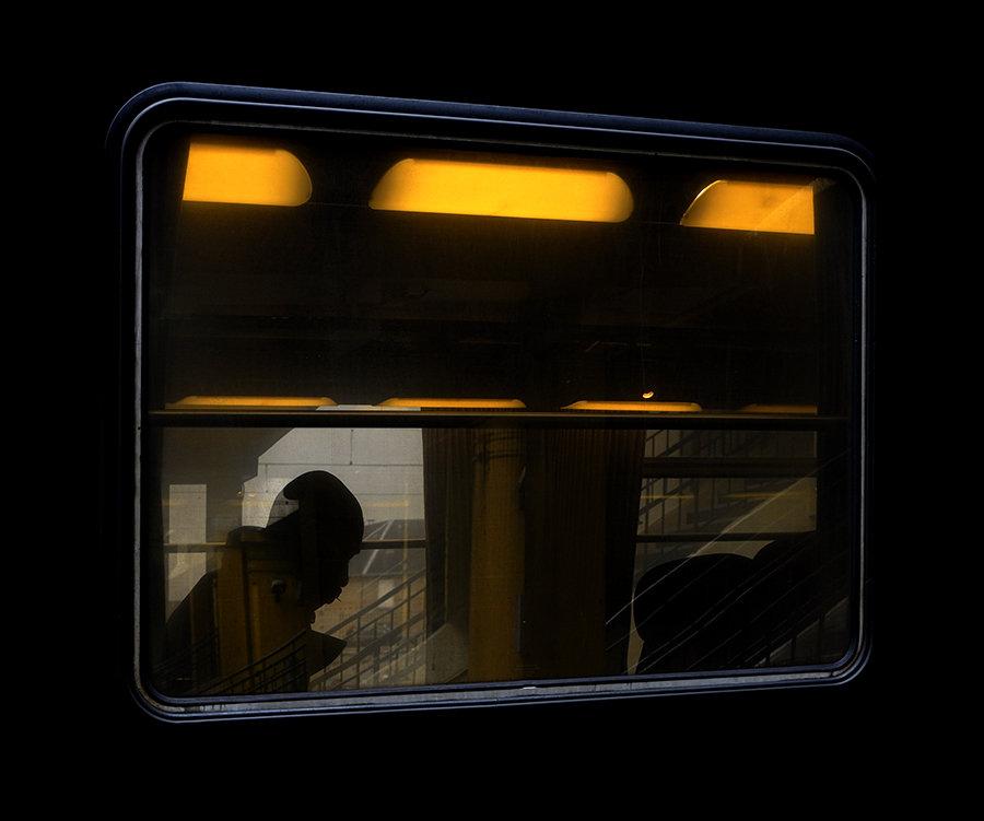 [Instants_de_vie_et_rue] Le train, 2020 200127033530368973