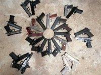 Arme de poing en complement d'une carabine à air comprimé - Page 3 Mini_200204111608341148
