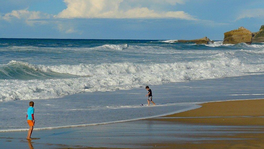 Biarritz - La Grande Plage en octobre 200205110810630620