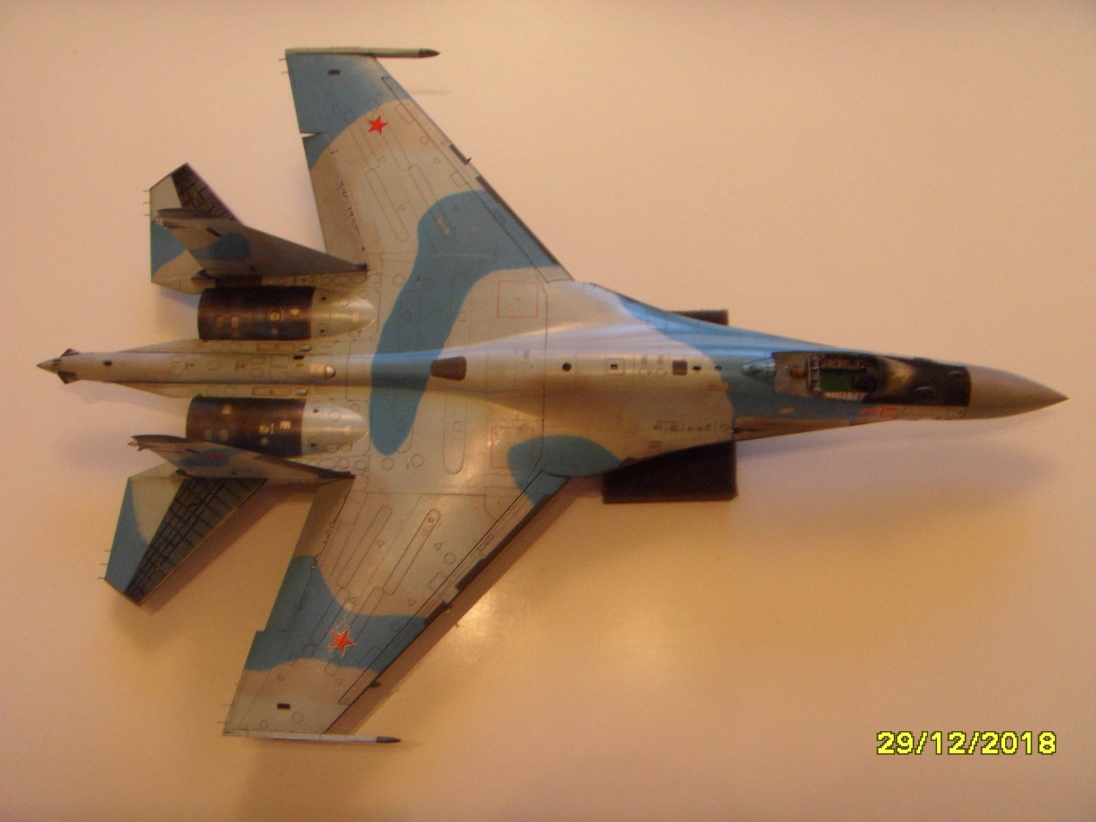 Sukhoi 35S - Page 4 200210075016779495
