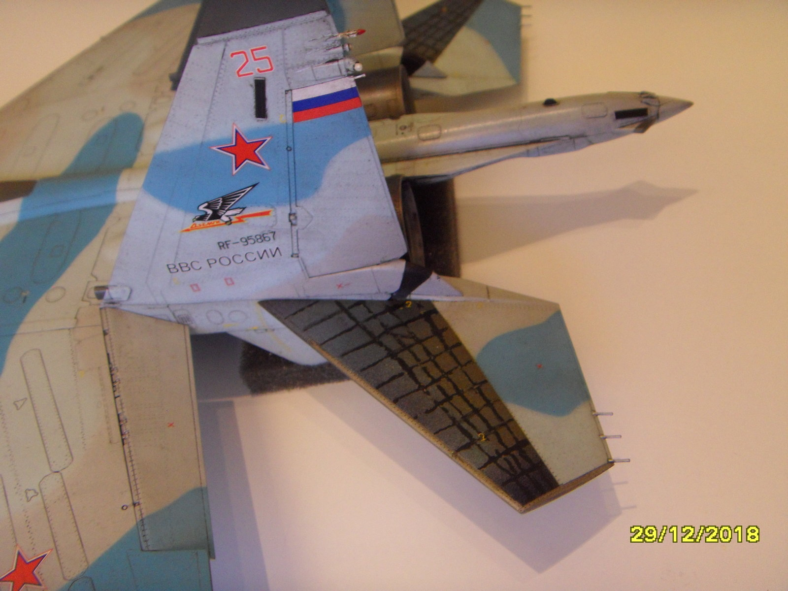 Sukhoi 35S - Page 4 20021007562166305