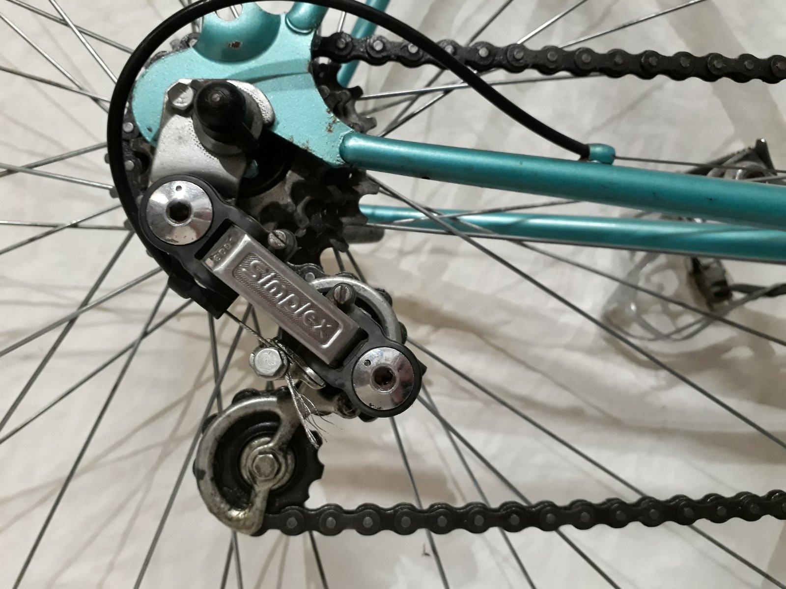 Peugeot Z10 (encore) un vélo familial.... 200224084625702411
