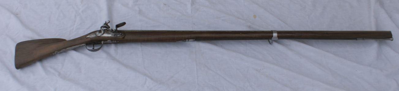 un fusil de marine pre-reglementaire 200228035206694185