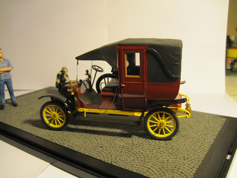 RENAULT type AG 1910 1/24 ICM - Page 2 200314092104243407