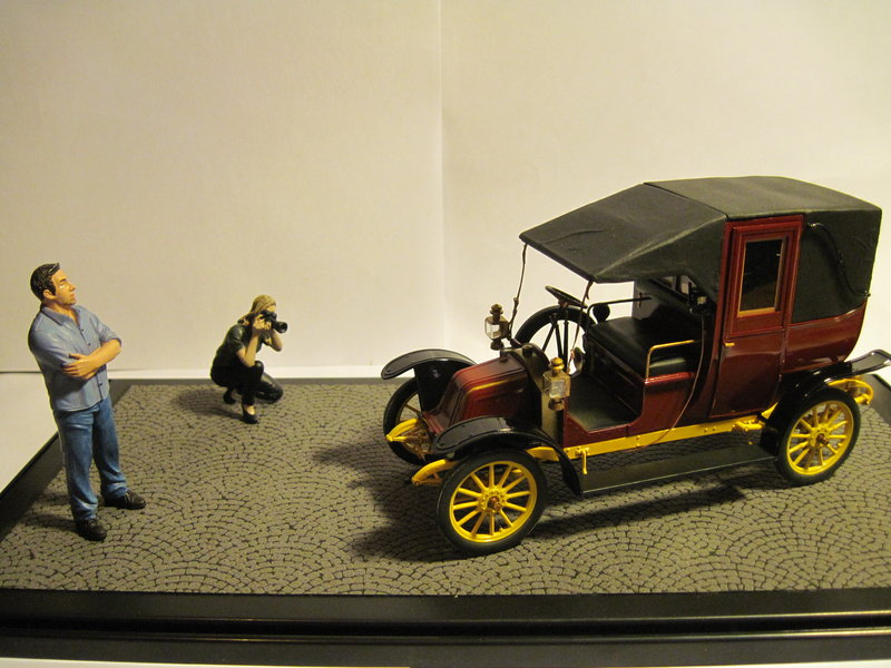 RENAULT type AG 1910 1/24 ICM - Page 2 200314092114587333