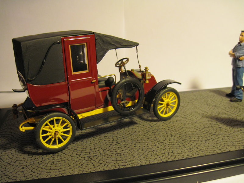 RENAULT type AG 1910 1/24 ICM - Page 2 200314092156108015