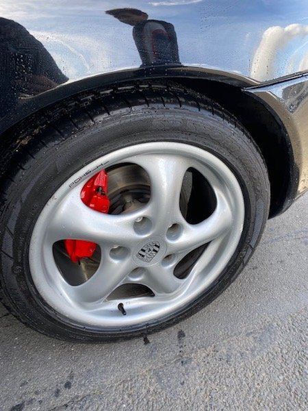 Changement Capuchon de roue Boxster 986 200328041248507752