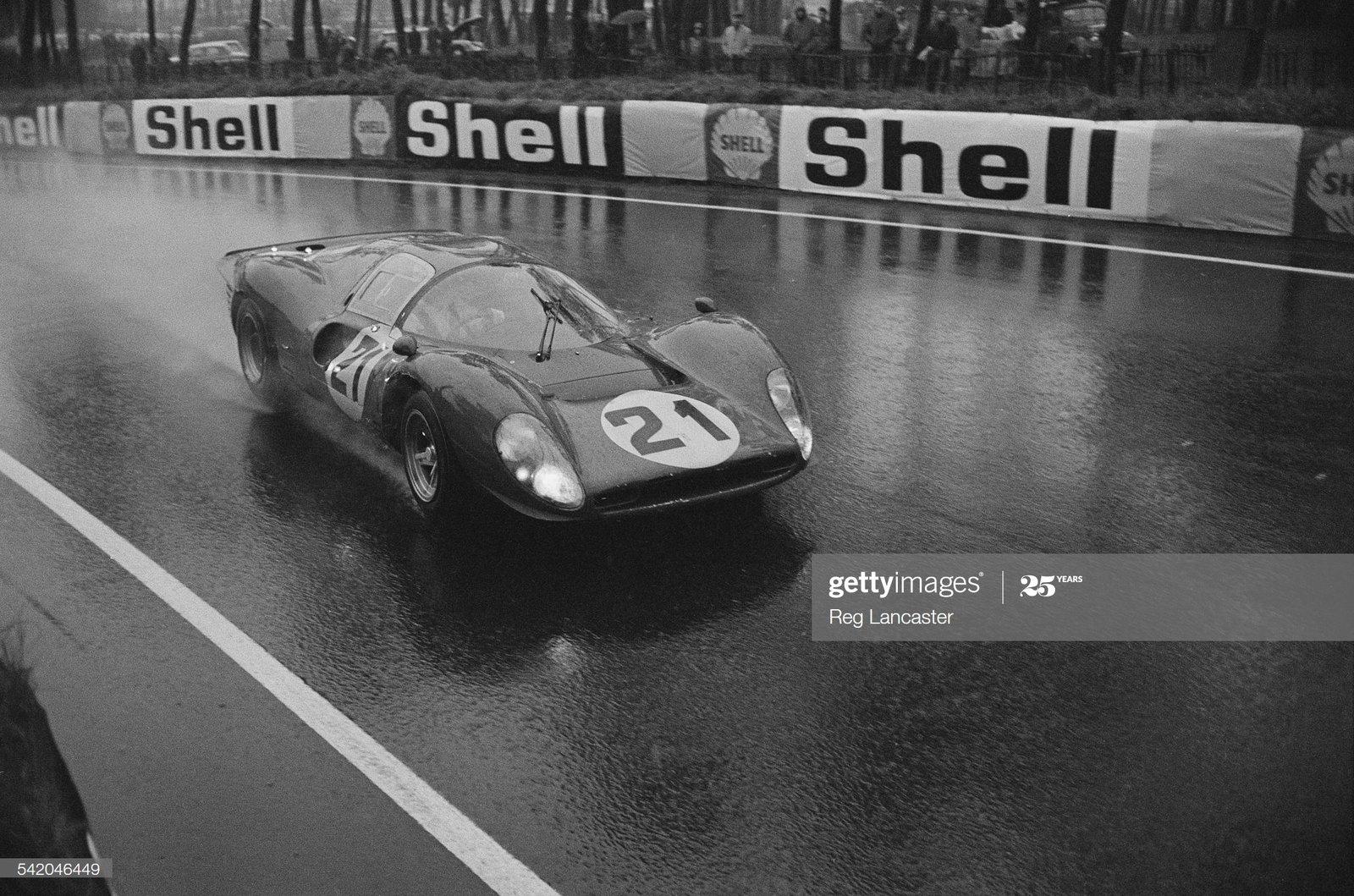 Pre?li 67 21 Ferrari P4  Amon - Bandini - Scarfiotti 16