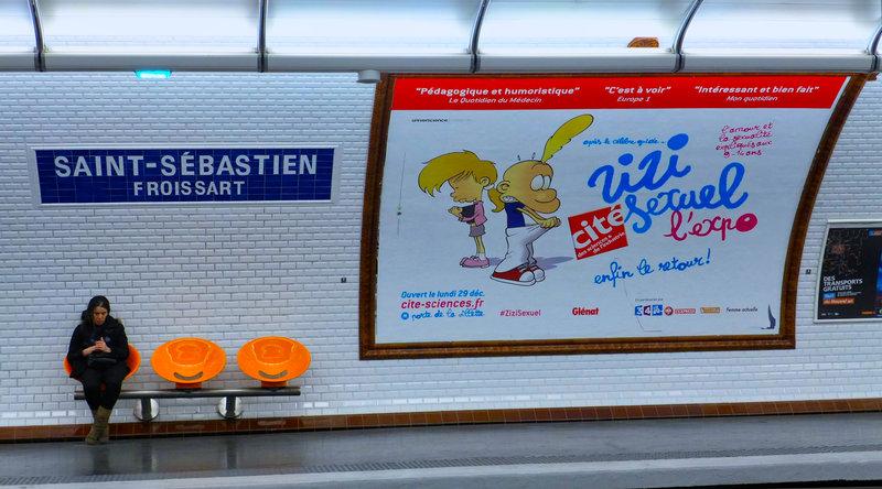 Titeuf dans le métro 200410092828497881