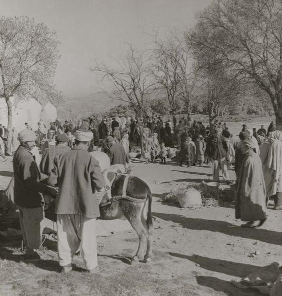Le Marché Kabyle d'antan - Mode de Désignation et Nature de l'Emplacement  dans Attributs d'Algérienneté 200411100331921342