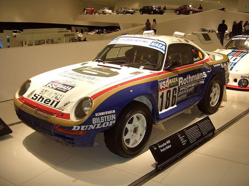 800px-Porsche_959_Coupe_Paris-Dakar_1985_frontleft_2009-03-14_A.