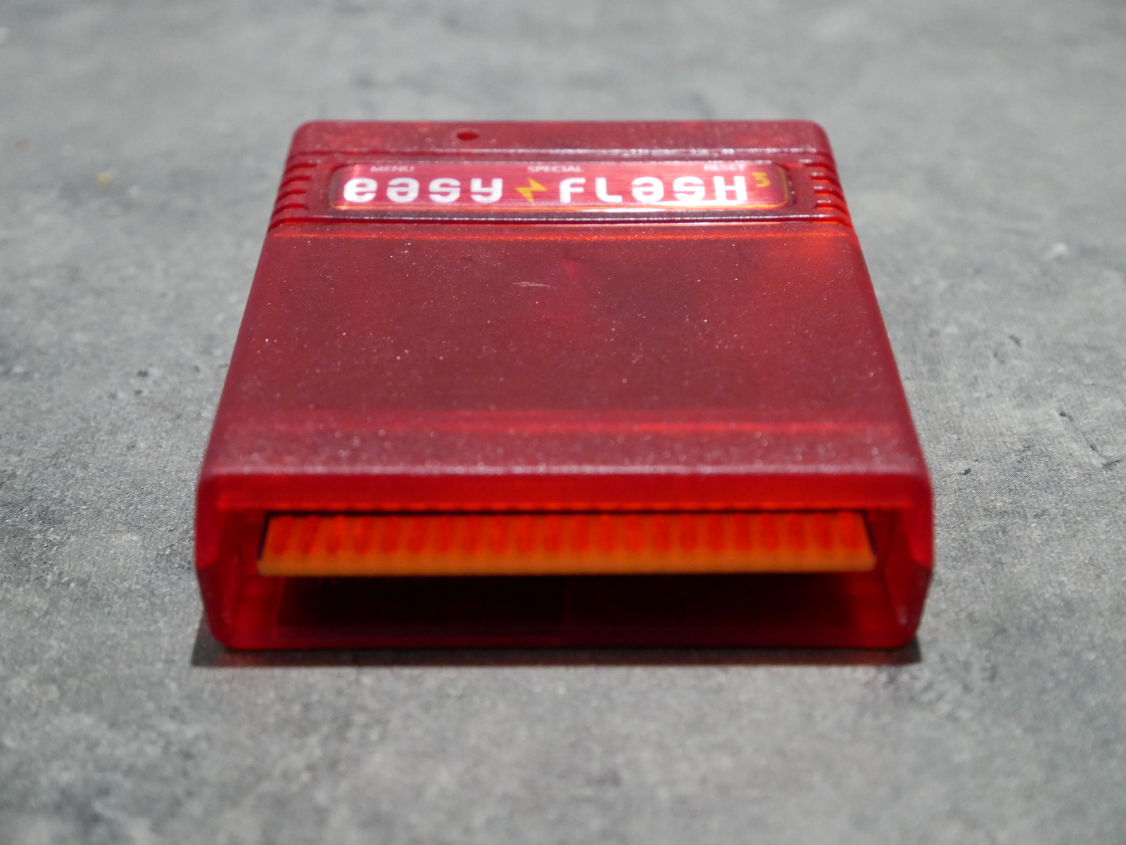 [VDS] C64/128 : divers accessoires (livre, logiciel, cartouches) 200512055456146808
