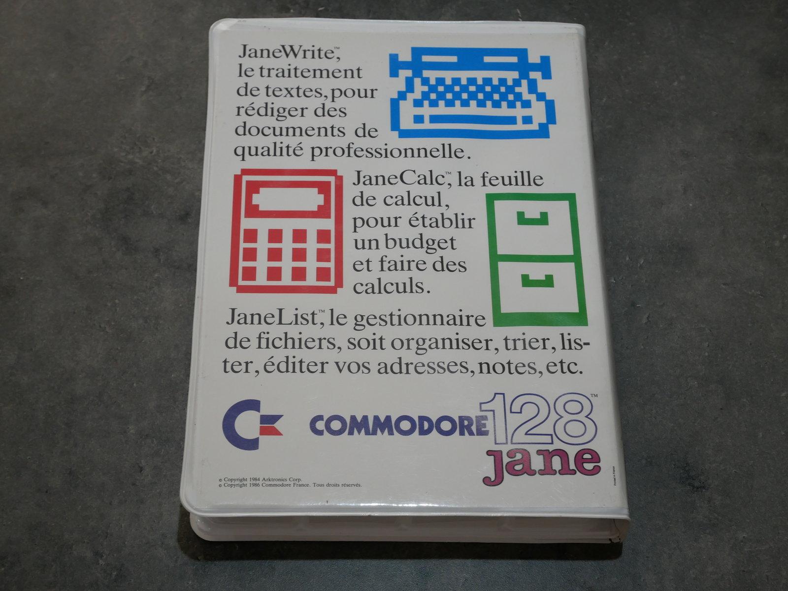 [VDS] C64/128 : divers accessoires (livre, logiciel, cartouches) 200512055503706236