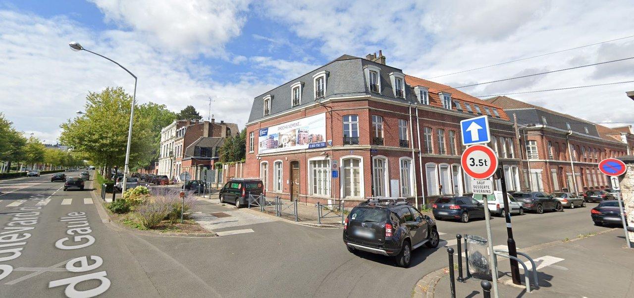 rue De gauule a Roubaix 2020