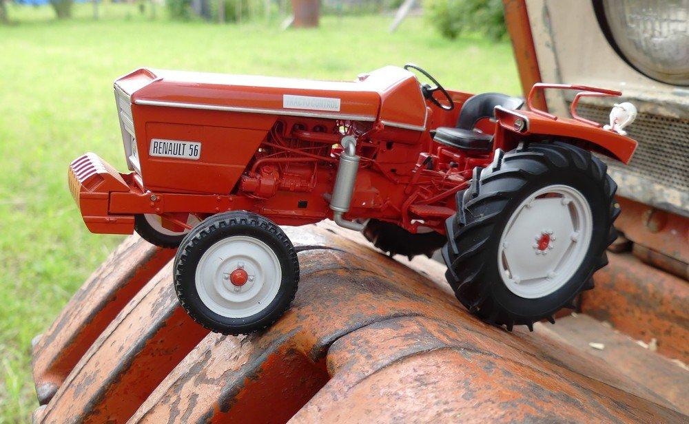 Renault 56 : le vrai et en miniature 200611082539920872