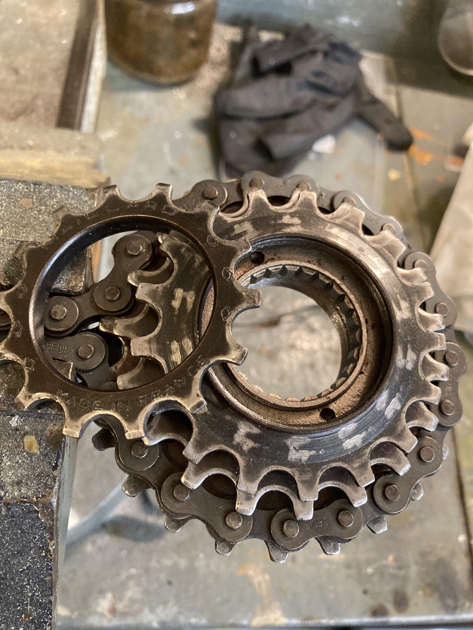 Pignons roue libre Maillard 5V (très) récalcitrants ... une idée ? 200701084850475708