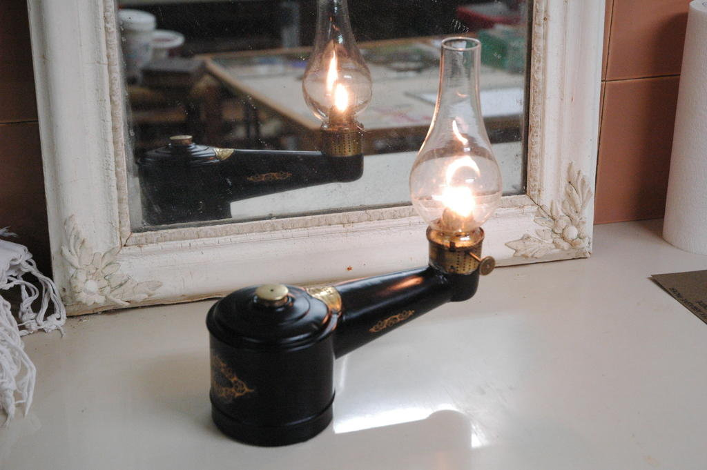 Lampe à pétrole pour machine à coudre Lachenaude 200703063353174062