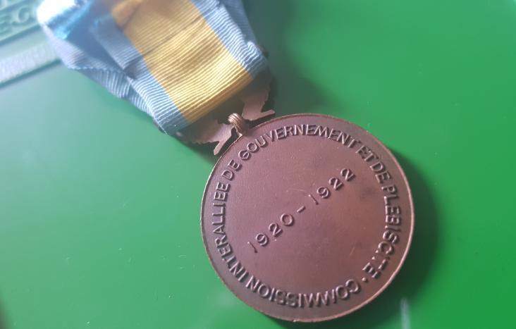Médaille française  200717040756495937