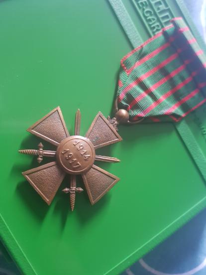Médaille française  200717040901696048