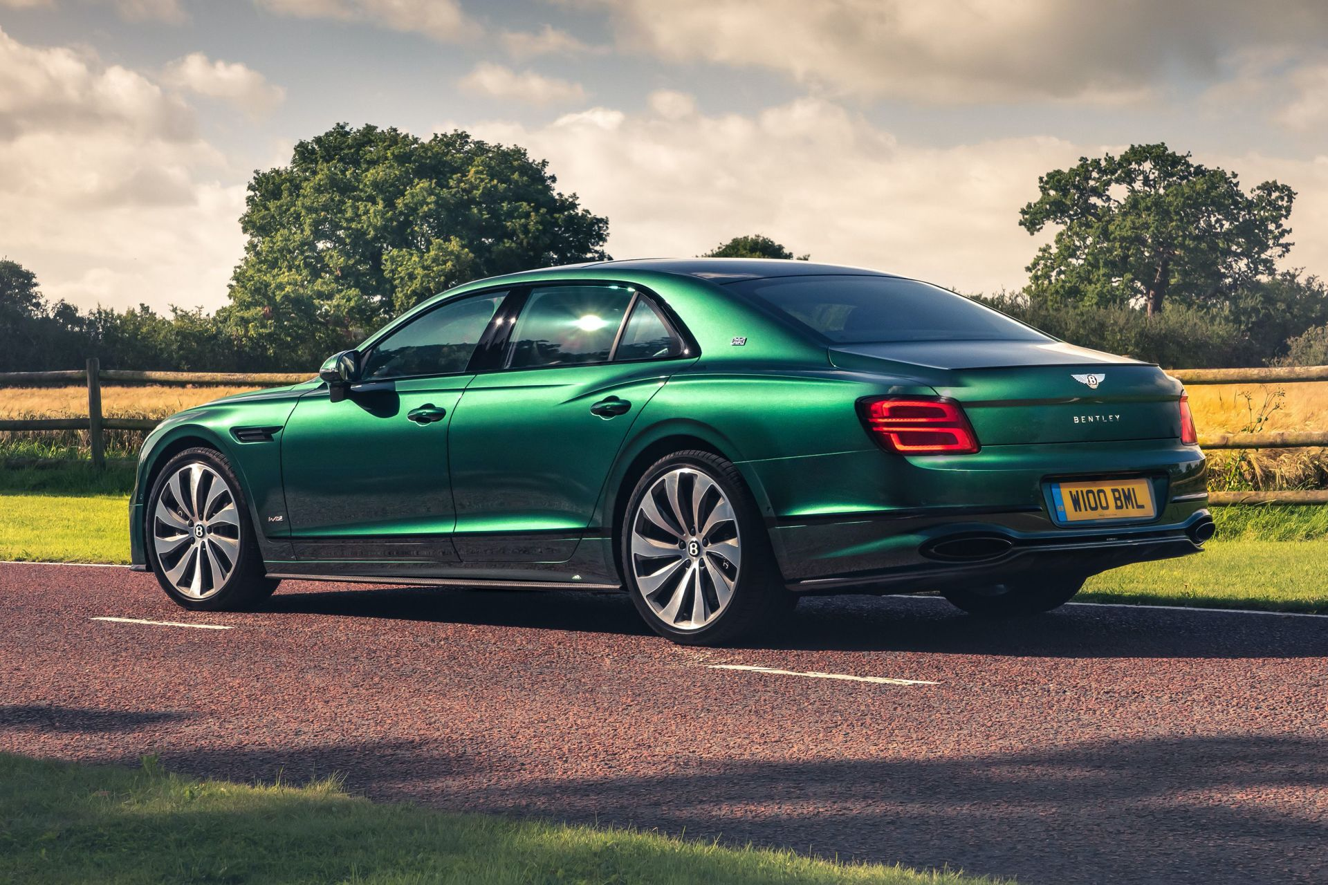 2019 - [Bentley] Flying Spur - Page 4 200901070908655917