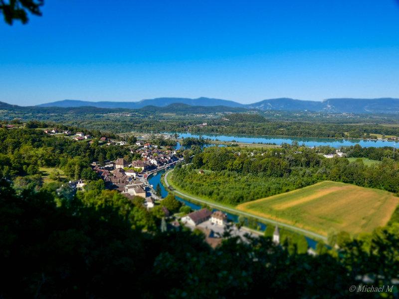 Chanaz en Savoie (FZ82) 200906103451572600