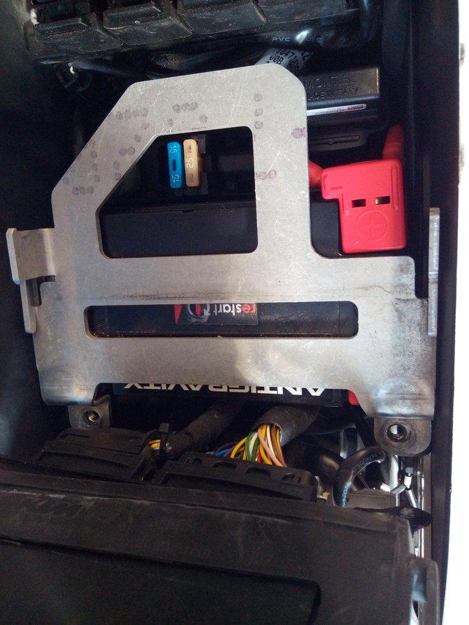 améliorations Husqvarna 701 enduro ET KTM 690 enduro - Page 2 201008061816684175